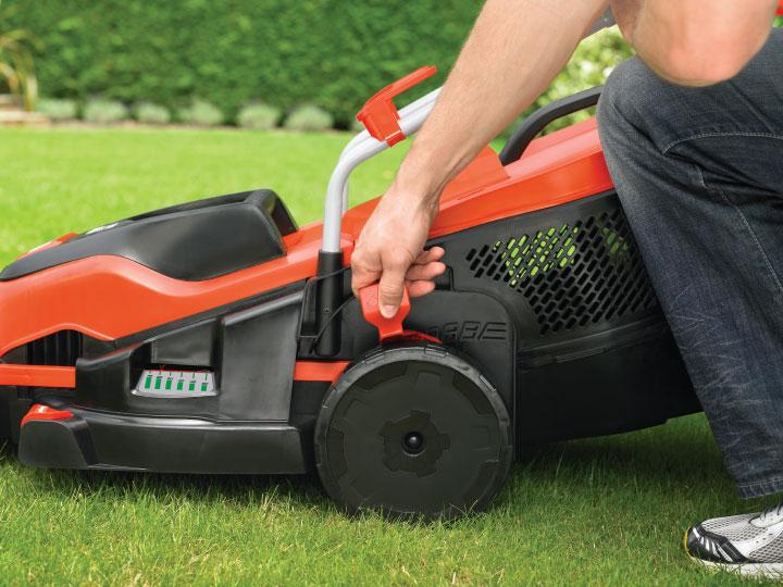 Black Amp Decker Emax34s Electric Lawnmower